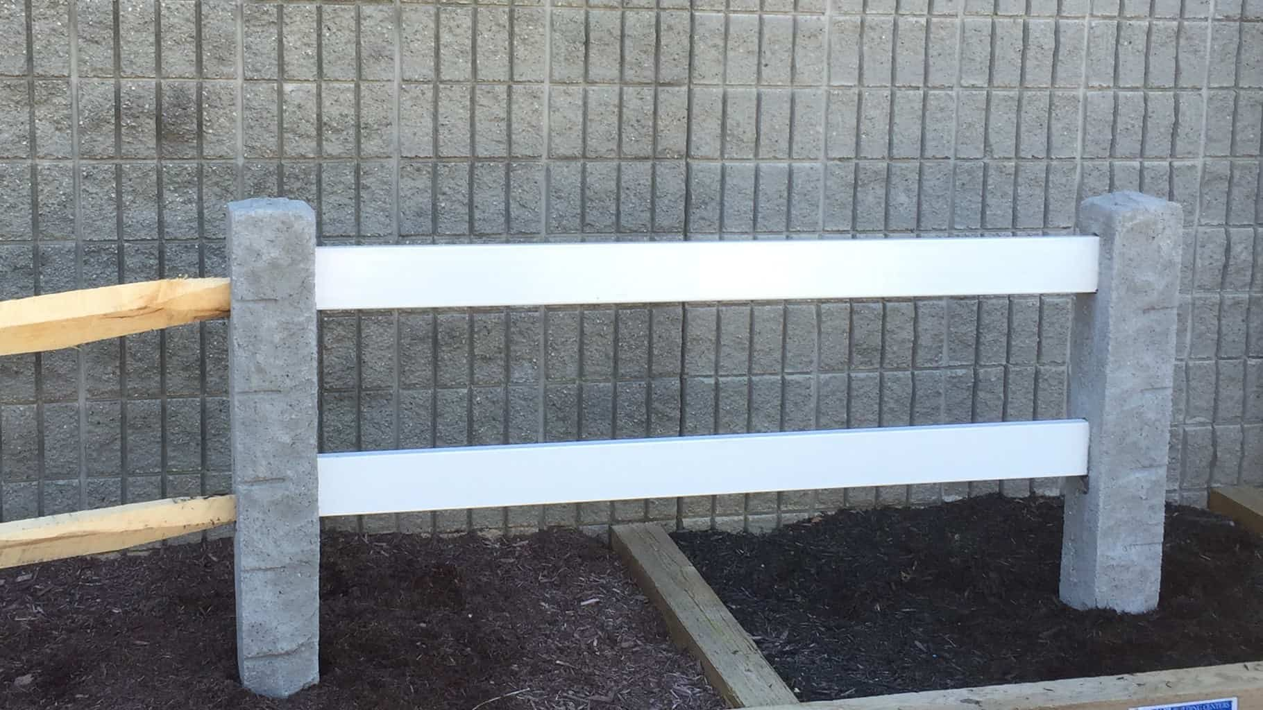 Hampshire Post display with vinyl and splitrail fence rails